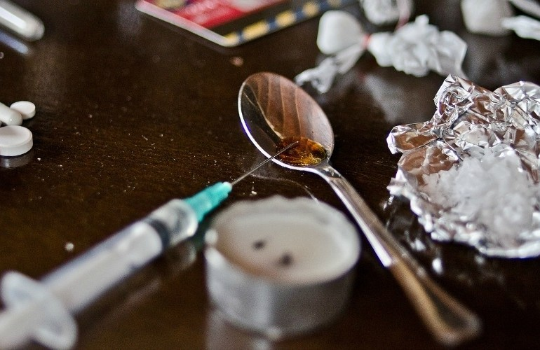 Citing Failed War on Drugs, World Leaders Call for Widespread Decriminalization